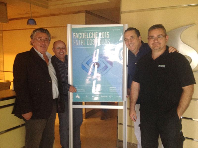 """En la foto con el equipo de la """"trastienda"""", Sacramento (video y transmisión), Felipe (responsable de sistemas) y Vicente (audiovisuales en sala)"""